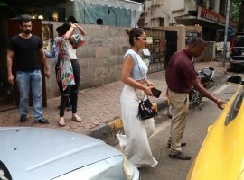 Bollywood actress Ileana D'Cruz spotted at Indigo Cafe at Bandra.