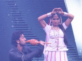 Ranbir Kapoor becomes a snake charmer for Naagin Jamie Lever at Sabse Bada Kalakar.