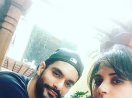 Actor Richa Chadha and Angad Bedi have been caught spotted by the photographer in their recent meetings leaving the rumors high of their new found closeness. Recently during an award function too, they walked in together and when they were asked about their relationship rumors both of them denied. But recently they were again seen together on the sets of Tiger Zinda Hai spending some quality time together. While the duo do deny the news, it seems that they love spending time together from dinner dates to movie nights and now visiting each other on the sets.