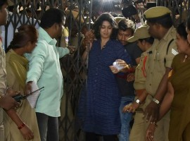 Actress Charmme Kaur on Wednesday appeared before the Special Investigation Team (SIT) of Telangana's Excise Department probing the Hyderabad drug racket. Accompanied by her lawyer and bouncers, Charmme reached Abkari Bhavan, the office of Prohibition and Excise Department, around 10 a.m.  She went there from the sets of