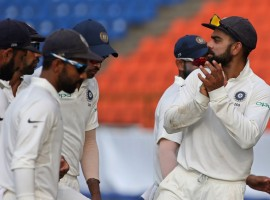 India inched towards victory even as Dinesh Chandimal and Angelo Mathews staged a desperate battle to prolong Sri Lanka's struggle with the hosts posting 82/4 in their second innings at lunch on the third day of the third cricket Test here on Monday.