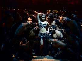 Trippy Trippy: Check out the pictures of Sunny Leone shooting for item song for Bhoomi