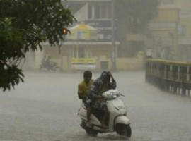 Heavy rain in the national capital on Saturday brought relief from the sweltering heat but caused water-logging leading to traffic snarls in parts of the city. The temperature here on Saturday dipped significantly to 27 degrees Celsius recorded at 11.30 a.m. from the maximum of 38 degrees Celsius, four notches above the season's average, on Friday.