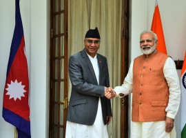 Prime Minister Narendra Modi on Thursday received Nepal Prime Minister Sher Bahadur Deuba ahead of delegation-level talks here.