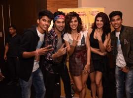 Celebs like Varun Dhawan, Jacqueline Fernandez and Taapsee Pannu promote Judwaa 2 at Radio Mirchi.
