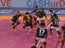 Dabang Delhi came from behind to beat Bengaluru Bulls 38-30 and log their second consecutive win in a Inter Zone challenge of the Pro-Kabaddi League (PKL) at the Netaji Subhas Chandra Bose Indoor Stadium on Wednesday. In what was a see-saw battle from start to finish, Bengaluru threw away their halftime lead of 18-12 as Delhi rode their captain Meraj Sheykh's superlative show to register their fourth win in the tournament in nine games. Delhi are now on 24 points. Bengaluru remained fourth with 23 points from 11 outings.
