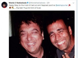Akshay Kumar who turns 50 today has been showered with a lot of love and wishes from his fans and industry folks on social media. Wishing the actor on the 50th birthday was Sajid Nadiadwala's wife Warda who shared a throwback picture of the actor and her husband to mark the occasion. Sajid Nadiadwala and Akshay Kumar are known to be thick friends and neighbours in addition to being highly successful actor-producer jodi. Akshay Kumar's highest grosser till date is Sajid Nadiadwala's Housefull 3. Warda Nadiadwala gave a tribute to the 2 decades of relation shared by both the families by sharing an old picture of Akshay and Sajid Nadiadwala.