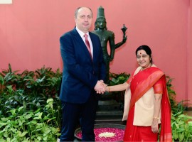 External Affairs Minister Sushma Swaraj on Monday met Belarus Industry Minister Vitaly Vovk and discussed issues of mutual interest, including the upcoming visit to India of Belarus President Alexander Lukashenko, an official said.