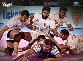 Pro Kabaddi 2017: Haryana Steelers beat Dabang Delhi by 27-24.