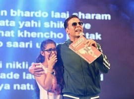 The fourth season of SARE Homes Hindustan Times Great Indian Football Action (HT GIFA), India's biggest neighbourhood football tournament for kids, started on Saturday in the presence of Bollywood star Akshay Kumar at the Thyagaraj Stadium. The event was attended by the over 5000 players from participating teams along with their family and friends.