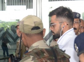 Virat Kohli arrives at Netaji Subhas Chandra Bose International Airport in Kolkata on Sept 18, 2017.