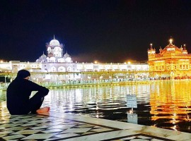 Away from the hustle bustle of Mumbai and from the humdrum of movie shootings and promotions, Bollywood star Akshay Kumar says a visit to the Golden Temple here left him feeling surreal.