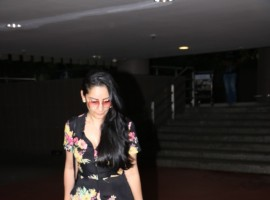 Sanjay Dutt wife Manyata Dutt spotted at Chhatrapati Shivaji Maharaj International airport.