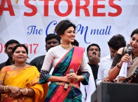 Actress Oviya At Saravana Stores Launch in OMR.