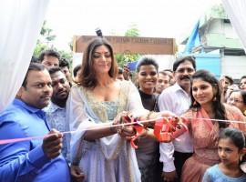 Actress Sushmita Sen launches Sashi Vangapalli Designer Store in Banjara Hills.