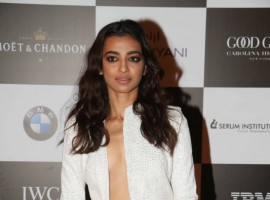Radhika Apte at Vogue Women of the Year Awards 2017.