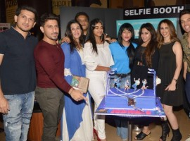 The makers of Judwaa 2 had organized for a special screening last night in Mumbai. Just a day before the film's release Judwaa 2 makers had called in for a special preview of the film.