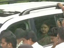 Sasikala who's in prison, granted a 5 day parole to meet her ailing husband who underwent dual organ.