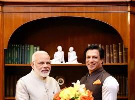 National Award winning filmmaker Madhur Bhandarkar on Monday met Prime Minister Narendra Modi at his residence.