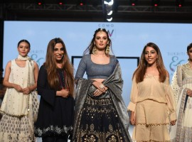 Evelyn Sharma showcase a creation of Designer Sukriti Aakriti during India Beach Fashion Week.