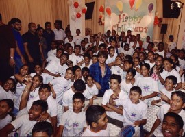 Shah Rukh Khan celebrated Children's day with the kids of Spark a change Foundation. He made each moment special with them, as they were danced along with Shah Rukh on their favourite songs.