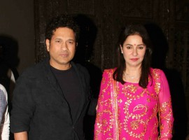 Sachin Tendulkar with his wife Anjali Tendulkar spotted at Sagarika Ghatge & Zaheer Khan Wedding Reception.