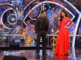 Salman Khan and Katrina Kaif together in Bigg Boss 11.