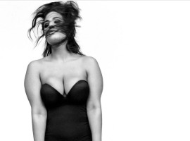 Lingerie-clad Ashley Graham flaunts assets to set Instagram on fire.