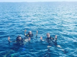 Zaheer Khan and Sagarika Ghatge enjoy first Scuba Dive together at their honeymoon in Maldives.