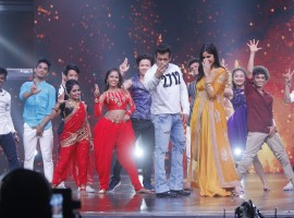 Salman Khan and Katrina Kaif make a Swaggy entry on the sets of Dance India Dance 6.