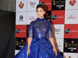 Alia Bhatt attends Zee Cine Awards 2018 held at MMRDA Grounds in Mumbai on December 19, 2017.