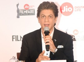 Shah Rukh Khan addresses media during Filmfare Awards 2018 Press Conference.