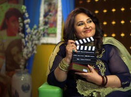 Reena has hardly been spotted at parties, events and has always shied away from talking to the media. However, this Sunday 7th January, after 16 long years Shemaroo Entertainment will get the veteran actor on-screen for a fun filled conversation with RJ Anmol for their classic cinema special Baatein Kahi Ankahi. What will make it all the more special is that 7th, January also happens to be Reena Roy's birthday and she will also be seen cutting a cake on the show.