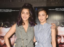 Shruti Haasan and Akshara Haasan pose together at the special screening of Kaalakaandi at Lightbox in Mumbai on January 8, 2017.