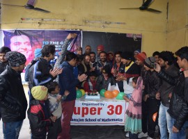 Hrithik Roshan who turned a year old yesterday received birthday wishes from all quarters. While one would expect Bollywood biggies to pour in wishes, mathematician Anand Kumar too celebrated the actor's birthday with Super 30 team in a unique way.