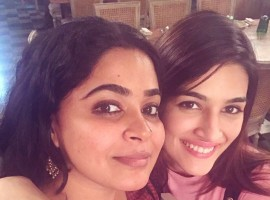 Touted as the tastiest film of 2017, Bareilly Ki Barfi brought together the duo Kriti Sanon and Ashwiny Iyer Tiwari for the first time. Kriti Sanon and director Ashwiny Iyer Tiwary developed a very warm bond on the sets of the film, which was visible through the social media posts of the duo. The ladies had yet another outing months after the film's release and the bond is strong as ever. Kriti Sanon took to her social media to share details of the same saying,