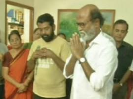 Superstar Rajinikanth pays tribute to eminent journalist and thinker Gnani Sankaran at his residence today. Actor Rajini said to media after paying homage,