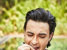 "Aayush posted a picture,"" Guess who cheated on his diet?? #HappyMakarSankranti#Loveratri #FestivalTimeMeansNODIET"". The picture has him gorging on sweets as he celebrates Makar Sankranti. Ayush Sharma is all set to make his Bollywood debut with Salman Khan Films 'Loveratri'. In order to get into the skin of his 'Loveratri' character, Aayush is prepping and doing all the things Gujarati's does."