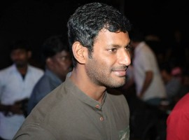 Vishal at Irumbu Thirai audio launch.