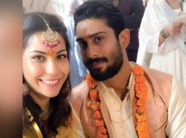 Prateik Babbar gets ENGAGED to his writer-producer-editor Girlfriend Sanya Sagar in Lucknow!