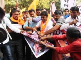 Shri Rajput Karni Sena members stage a protest ahead of the release of Sanjay Leela Bhansali's 'Padmaavat', in Nagpur on Jan 23, 2018.