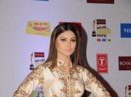 Urvashi Rautela at the 10th Mirchi Music Awards 2018, held at Dome, NSCI in Mumbai.