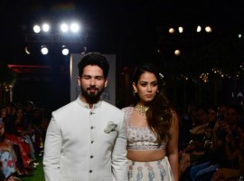 Shahid Kapoor and Mira Rajput walks the ramp for Anita Dongre at Lakme Fashion Week.