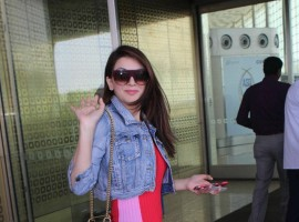 Hansika Motwani clicked at Mumbai airport.