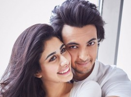 Aayush Sharma who is all set to play a Gujarati Boy in Loveratri shares a beautiful picture with his leading lady Warina. This is for the very first time that the on-screen couple is seen in the same frame together. Loveratri marks the debut of Aayush Sharma and Warina in Bollywood. Warina also happens to play the love interest of Aayush in the film.