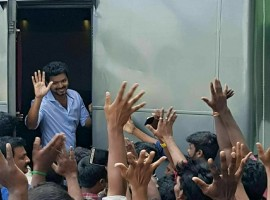 Thalapathy Vijay greets his fans at the shooting spot of his upcoming venture with director A.R Murugadoss.