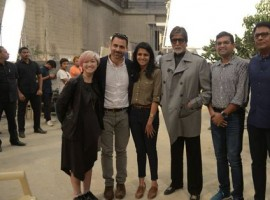 Megastar Amitabh Bachchan, who threatened to quit Twitter after losing followers earlier this month, met some officials from the micro-blogging site to understand the digital platform. He says the working on the micro-blogging platform is very apparent.