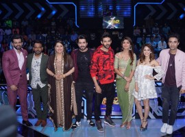 Sunny Singh, Nushrat Bharucha, Kartik Aaryan, Shilpa Shetty Kundra, Jay Bhanushali and choreographer Geeta Kapoor on sets of dance reality show