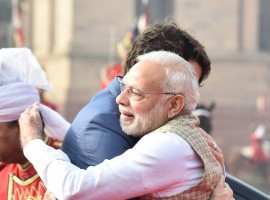 Prime Minister Narendra Modi met his Canadian counterpart Justin Trudeau on Friday welcoming him with a hug ahead of a ceremonial reception at the Rashtrapati Bhavan, putting to rest speculations about the government cold-shouldering the visiting dignitary.