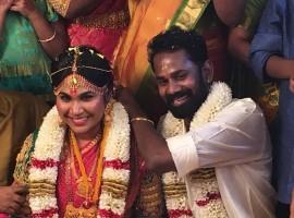 Tamil actor Ramesh Thilak weds RJ Navalakshmi at Arupadai Veedu Murugan Temple, Besant Nagar in Chennai.